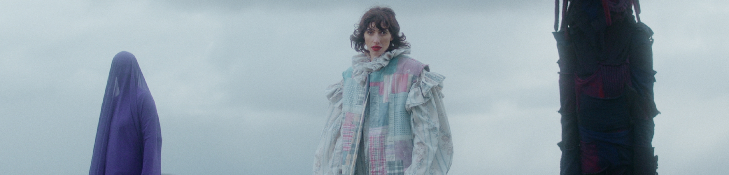 Aldous Harding - New Video For 'Zoo Eyes' And Worldwide Tour Dates