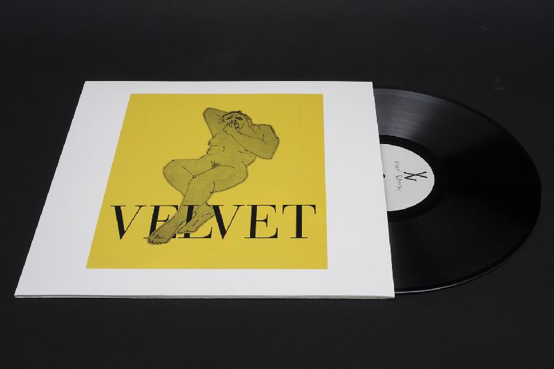 Velvet Negroni - debutalbumneonbrownoutnow