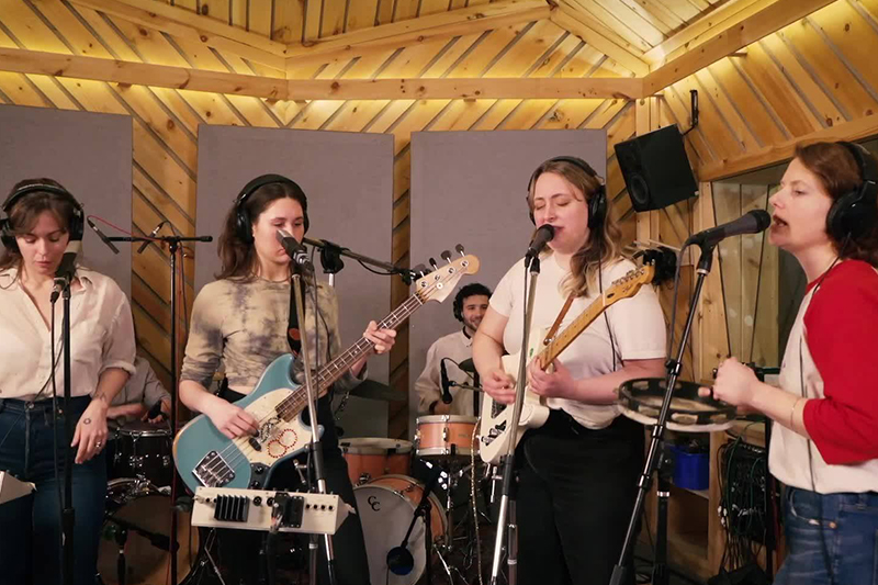 U.S. Girls - U.S. Girls Premiere 'Live From The Bunker' Session