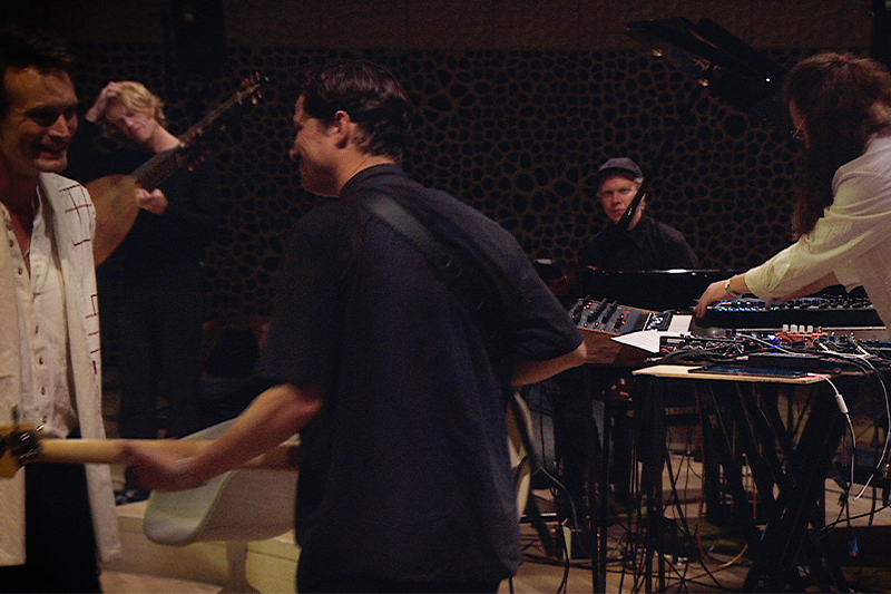 Efterklang - Efterklang Premieres 'Live At Elbphilharmonie'